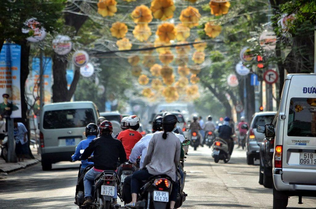 ベトナム情報伝達の速さと進む経済成長